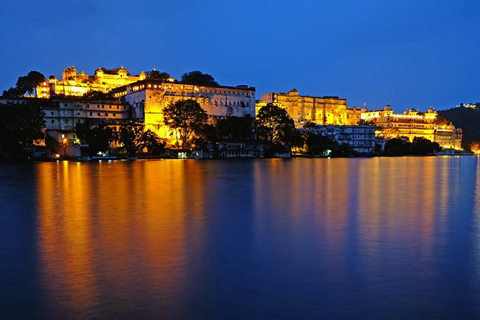 Top Attractions To Visit In Udaipur Through Palace On Wheels