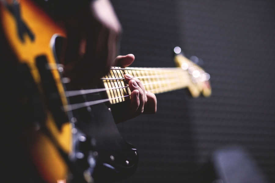 How to Get Ahead in the World of Music as an Entrepreneur