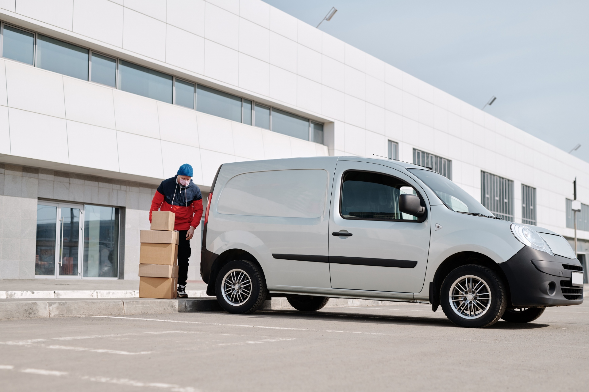 Top Mistakes UK Van Driver Make In Renewing Vehicle Insurance